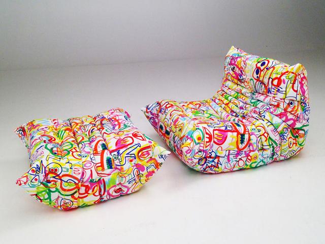 As estampas digitais criadas por Jon Burgerman usam traços e rabiscos criados pelo artista || Créditos: Reprodução