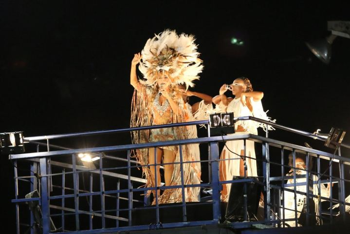 Daniela Mercury de leoa no circuito Barra Ondina  ||  Créditos: AgNews