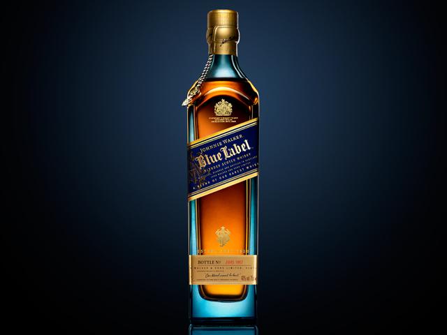 Garrafa Johnnie Walker Blue Label 1847 autografada por Jim Beveridge    Créditos: Divulgação