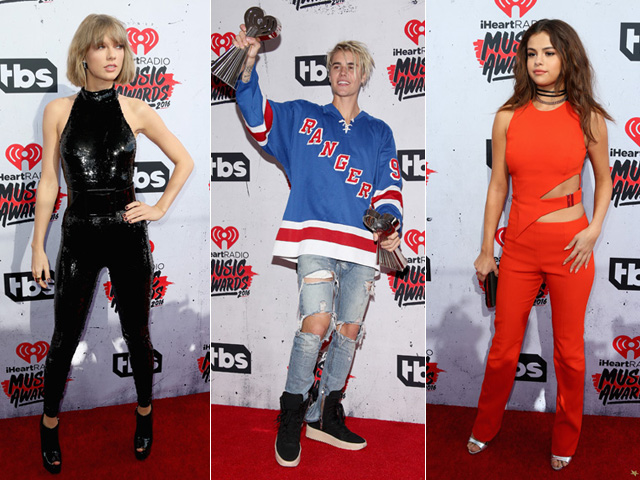 Taylor Swift, Justin Bieber e Selena Gomes no iHeartRadio Music Awards  ||  Créditos: Getty Images