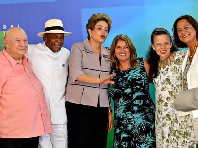 Presidente tem transformado cerimônias oficiais do Planalto em atos anti-impeachment Antonio Cruz/Agência Brasil