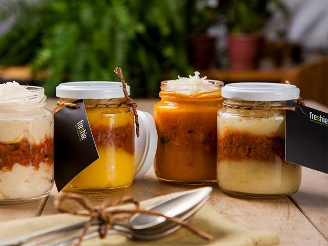 As porções da Freshie são servidas em potes de vidros que garantem o frescor || Crédito: Reprodução Facebook