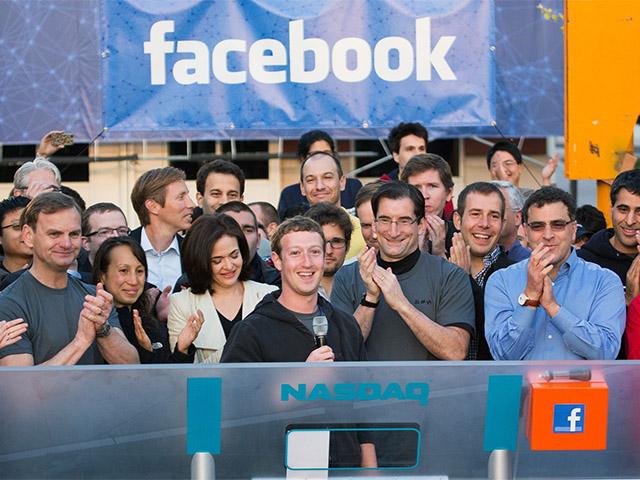 APTOPIX Facebook IPO