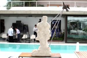 Colecionadora Regina Pinho de Almeida recebeu turma artsy para almoço nessa quinta-feira
