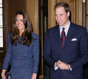 Biógrafa da família real conta como William e Kate Middleton se conheceram