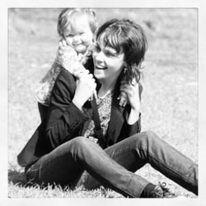 Instagram fica repleto de homenagens às mamães neste domingo