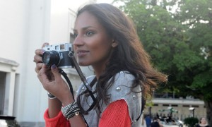 Emanuela de Paula quer ser fotógrafa e já está treinando