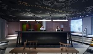 Conheça o hotel Mama Shelter Marseille, com design do expert Philippe Starck