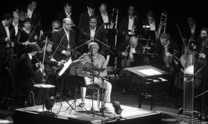 Gil faz show emocionante ao lado da Orquestra Petrobras Sinfônica, no Rio