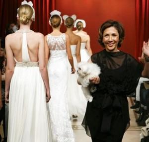 Reem Acra lança linha mais acessível para noivas