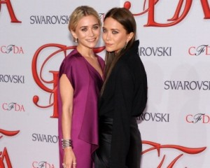 CFDA Awards premia as gêmeas Mary-Kate e Ashley Olsen como as estilistas do ano!