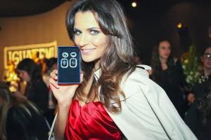 Fernanda Motta e outras glamurettes no cocktail Swarovski