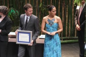 Camila Pitanga e Edward Norton apresentam prêmio juntos na Rio+20