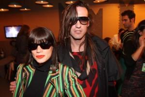 Rita Comparato e Dudu Bertholini contam onde vai o ser o desfile da Neon!