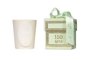 Vela Ladurée: para comemorar os 150 anos, a marca criou o aroma de creme de chantilly