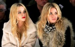 Peta declara guerra contra as irmãs Olsen. O motivo, claro, é o uso de casacos de pele…