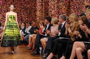 De atores a fashionistas, veja quem passou pela fila A da Dior!