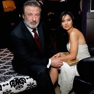 Alec Baldwin recebe inusitado presente de casamento do PETA. Sabe o quê?
