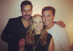 Angélica e Luciano Huck foram parar na Broadway. E com Ricky Martin!