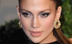 """Descubra por quem J-Lo quer ser substituída no júri do """"American Idol"""""""