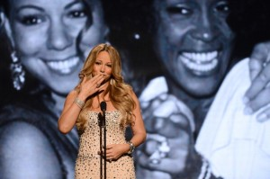"É oficial: Mariah Carey substituirá JLo em ""American Idol"""