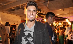 Daniel Rocha ataca de DJ em festa carioca. Onde e quando?