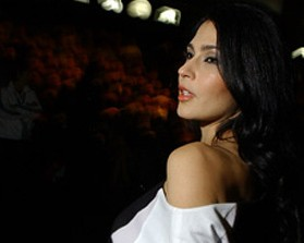 Marina de la Riva é a estrela da inauguração de nova loja da Cartier
