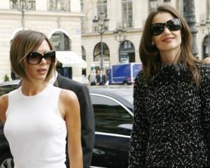 Victoria Beckham e Katie Holmes disputam a passarela em NY