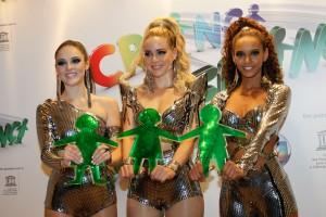 O dia de popstar das empreguetes Taís Araújo, Leandra Leal e Isabelle Drummond