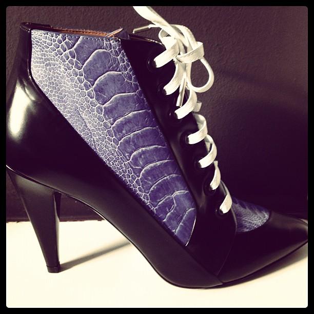 As novas ankle boots da Balenciaga escolhidas por Katie Grand ... db5f239e0e