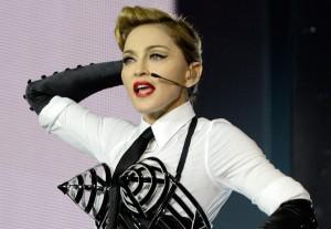 Quer saber qual o batom usado por Madonna na MDNA Tour? A gente conta!