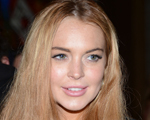 Ela não cansa: Lindsay é acusada de destruir antigo trailer de Liz Taylor