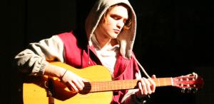 Robert Pattinson quer apostar na carreira musical. Glamurama conta