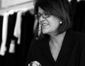 Sonia Pinto comemora 40 anos de carreira com cocktail em Higienópolis