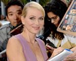 Naomi Watts fala ao Glamurama sobre a emoção de interpretar Lady Di