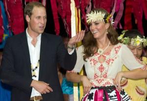 Justiça proíbe revista de ceder imagens de Kate Middleton