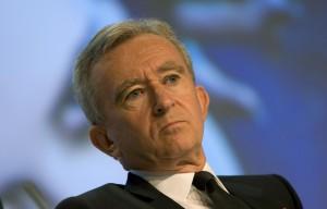 Bernard Arnault, do grupo LVMH, está em busca de menos impostos