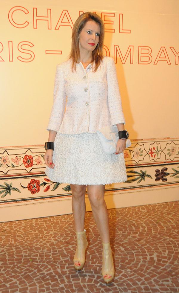 f5ade4bedf Laura Neiva e as mais elegantes do jantar da Chanel – Moda – Glamurama