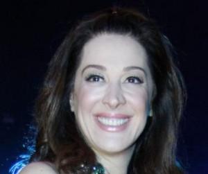 Claudia Raia admite regalia na Globo e quem perdeu foi Silvio de Abreu