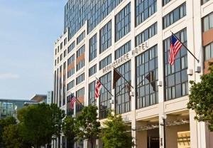 Diretores da rede de hotéis Marriott preparam novidades para o Brasil