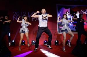 """Cantor Psy está faturando alto com """"Gangnam style"""" em Las Vegas"""