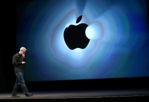 Escorregão da Apple termina em prejuízo de US$ 30 bilhões. Entenda!