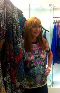 Glamurama está no cocktail da loja Nicole Miller no shopping JK Iguatemi