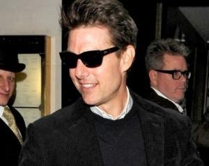 Tom Cruise quer deixar Cientologia para ter Katie Holmes de volta
