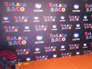 Record investe R$ 1 milhão e transforma clube da Lagoa para festa de novela