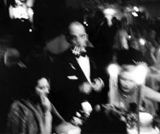 A agitada conexão Nova York-Tóquio em imagens no Tate Modern