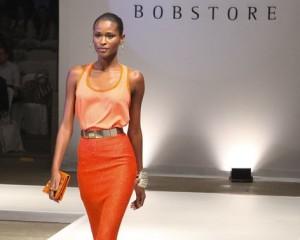 Bobstore apresenta coleção de verão com desfile de tops em SP
