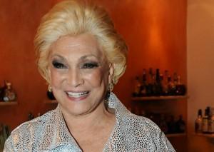 Sobrinho de Hebe Camargo anuncia lançamento de CD da apresentadora