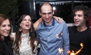 Amir Slama ganha festa de aniversário nos domínios de Jacqueline Shor