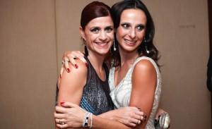 Fabiana Delfim comemora aniversário com samba no Baretto